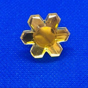 Flower crystal shape pin